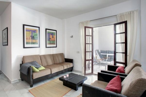 Sold: 2 Bedroom2, Bathroom Apartment in Señorio de Marbella, Marbella Golden Mile