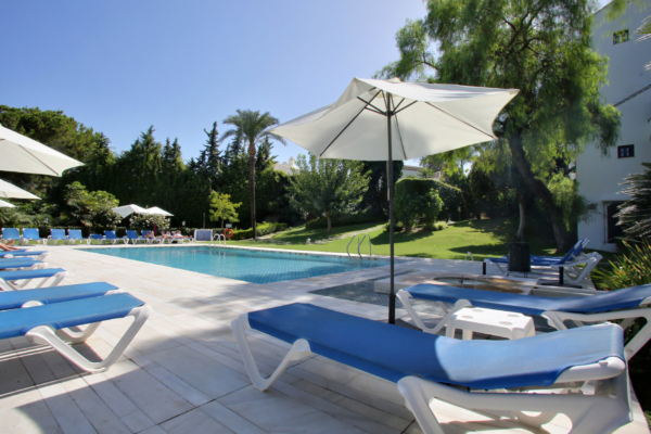 Sold: 3 Bedroom, 3 Bathroom Apartment in Señorio de Marbella, Marbella Golden Mile