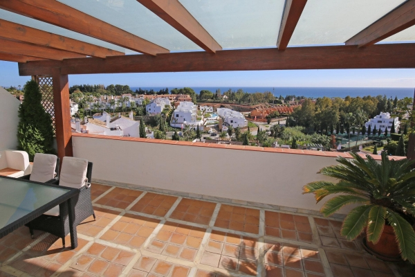 Sold: 3 Bedroom, 3 Bathroom Penthouse in Señorio de Marbella, Marbella Golden Mile