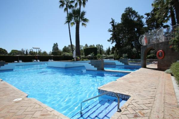 2 Bedroom, 2 Bathroom Penthouse For Sale in Señorio de Marbella, Marbella Golden Mile