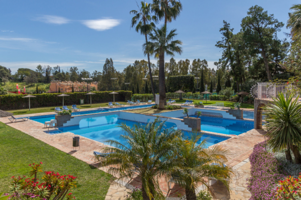 2 Bedroom, 2 Bathroom Apartment For Sale in Señorio de Marbella