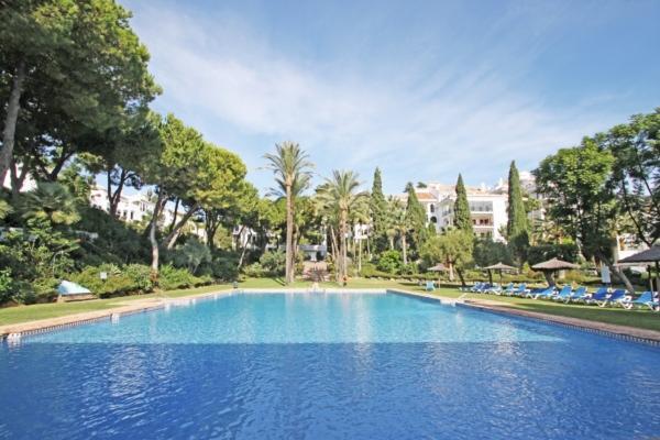 2 Bedroom2, Bathroom Apartment For Sale in Señorio de Marbella, Marbella Golden Mile
