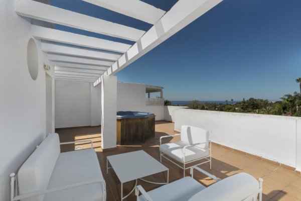 Sold: 2 Bedroom, 2 Bathroom Penthouse in Marbella Real, Marbella Golden Mile